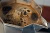 Preparazione del caffè con la moka per i nostri assaggi
