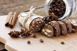 salame al cioccolato con cacao  e caffè
